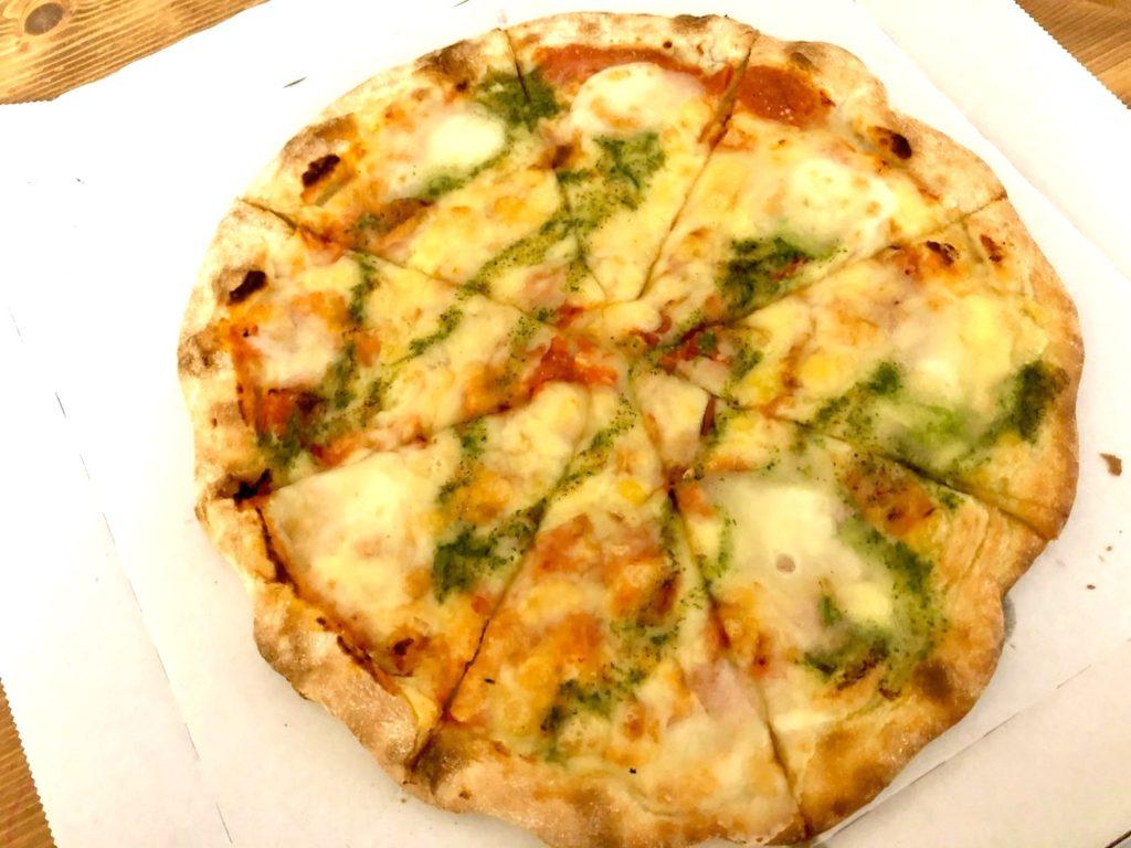 ガストマルゲリータピザ