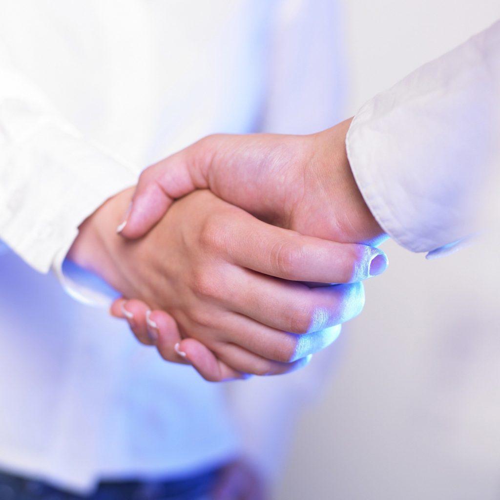 つなげよう握手