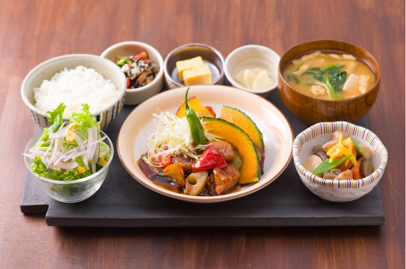 kawara CAFE&DINING定食