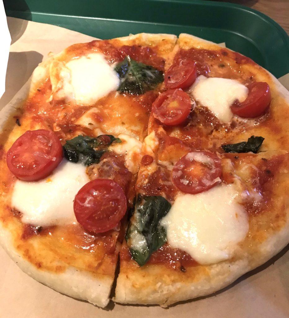 ハマチカロマーノマルゲリータピザ